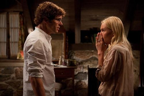 James Marsden and Kate Bosworth in Straw Dogs