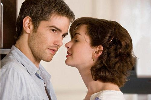 Jim Sturgess and Anne Hathaway in One Day Photo