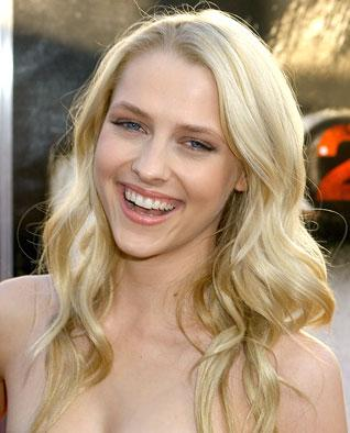 http://static.moviefanatic.com/images/gallery/teresa-palmer-pic.jpg
