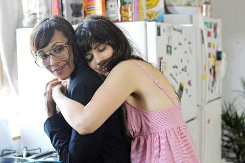 Zooey Deschenel and Rashida Jones in Our Idiot Brother